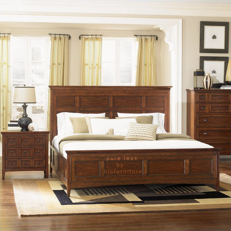 King Size Bed In Pure Teak Wood Which Enhance Your Bed Room